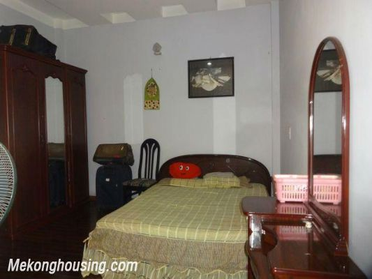Fully furnished house with 4 bedrooms for rent in Nghi Tam, Tay Ho district, Hanoi 18