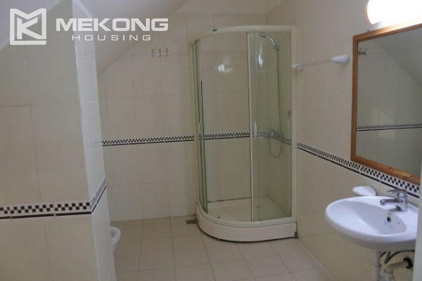Fully furnished penthouse apartment with 3 bedrooms for rent in G2 building, Ciputra Hanoi 16