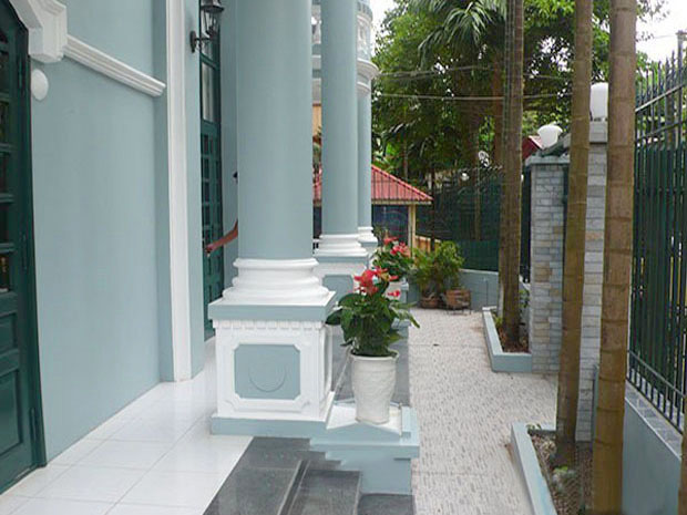 Fully furnished villa with 4 bedrooms for rent in Tay Ho, Hanoi
