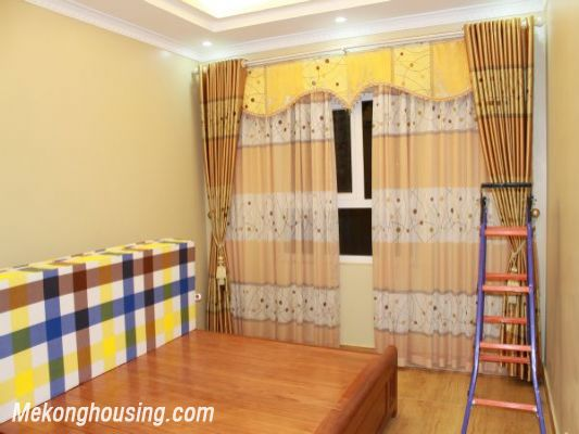 Furnished  apartment with 2 bedrooms at good price for rent in Golden Palace, Me Tri, Hanoi 5