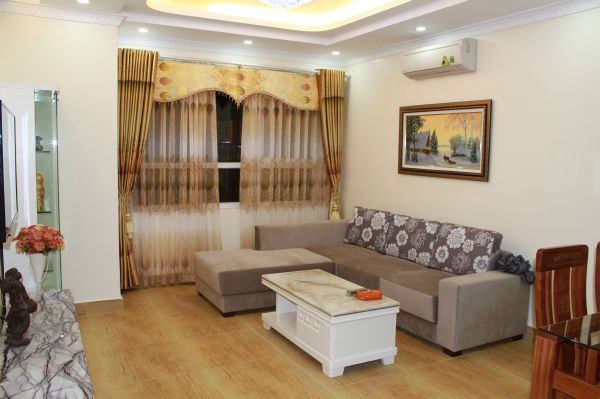 Furnished  apartment with 2 bedrooms at good price for rent in Golden Palace, Me Tri, Hanoi