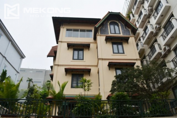 Furnsihed Villa with swimming pool, nice courtyard, and spacious living space in To Ngoc Van street 1