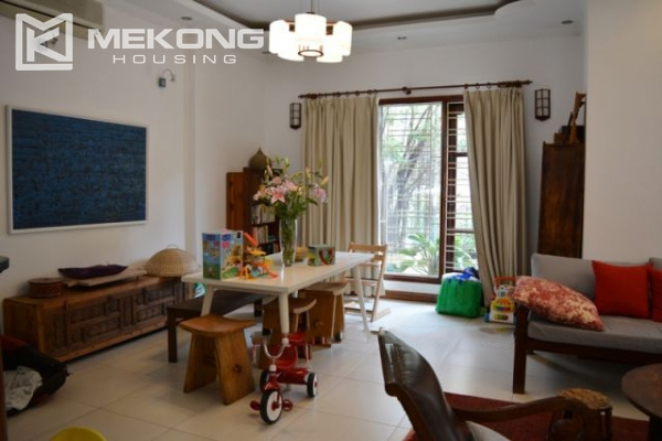 Furnsihed Villa with swimming pool, nice courtyard, and spacious living space in To Ngoc Van street 9