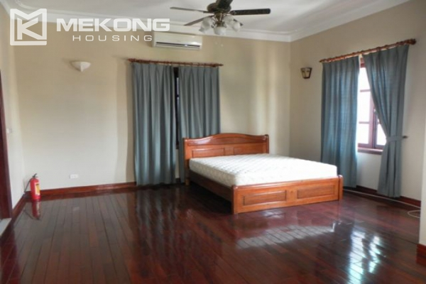 Furnsihed Villa with swimming pool, nice courtyard, and spacious living space in To Ngoc Van street 17