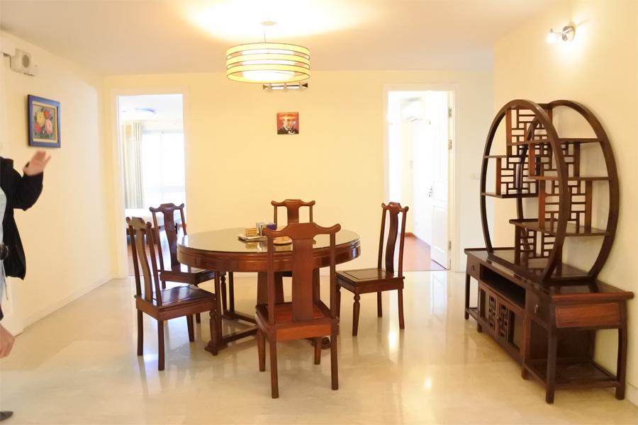 Good price apartment with 4 bedrooms for rent in P2 tower Ciputra Hanoi 2