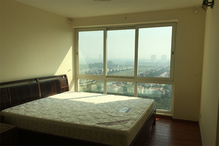 Good price apartment with 4 bedrooms for rent in P2 tower Ciputra Hanoi 9