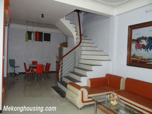 Good Price House For Rent in Hoan Kiem district, 03 Bedrooms 1