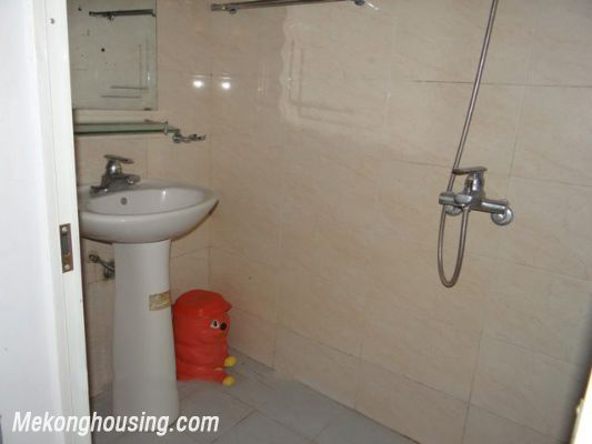 Good Price House For Rent in Hoan Kiem district, 03 Bedrooms 3
