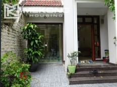 Good price villa with 4 bedrooms and furnished for rent in Ciputra