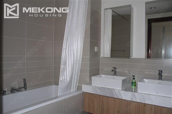 Gorgeous 2 bedroom apartment with Westlake view in Watermark Westlake, Lac Long Quan 13