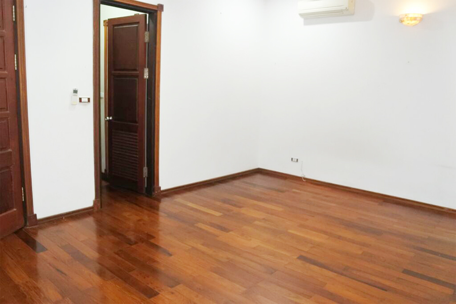 Gorgeous villa with 5 BRs for rent in D Block, Ciputra Hanoi, unfurnished 12
