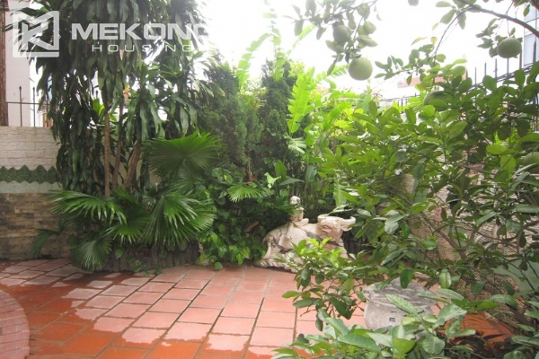 Hanoi Tay Ho villa for rent with swimming pool 4