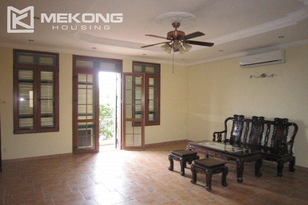 Hanoi Tay Ho villa for rent with swimming pool 5