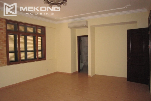 Hanoi Tay Ho villa for rent with swimming pool 10