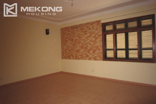 Hanoi Tay Ho villa for rent with swimming pool 9