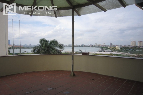 Hanoi Tay Ho villa for rent with swimming pool 1