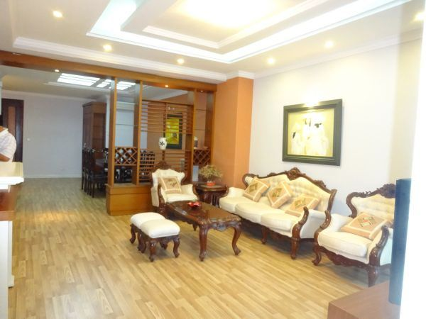 High Floor Apartment For Lease in E4 Ciputra