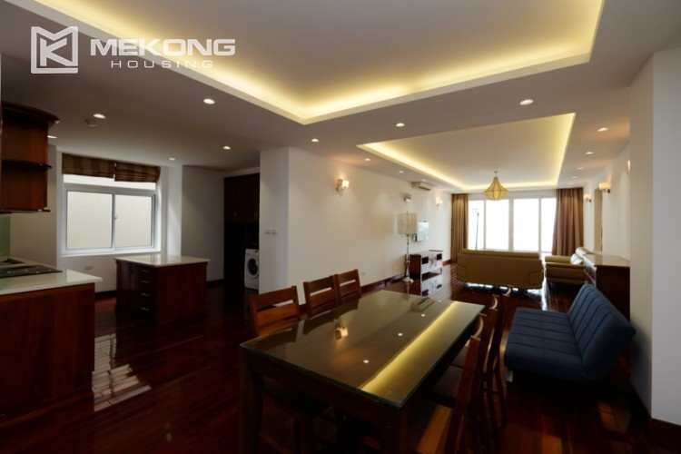 High floor with very nice lakeview in Xuan Dieu 5
