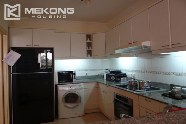High quality serviced apartment for rent in Hai Ba Trung 4
