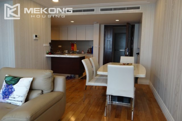 Hoang Thanh Tower nice serviced apartment for rent 10