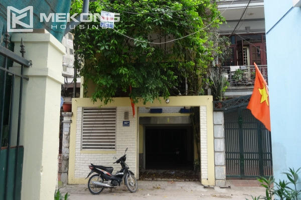 House in Tay Ho for rent, very spacious, 5 storeys with 6 bedrooms 1