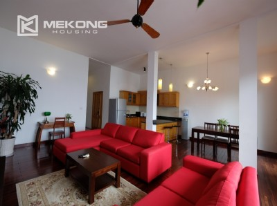 Lake bank serviced apartment for rent in Quang Khanh