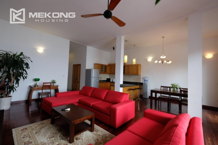 Lake bank serviced apartment for rent in Quang Khanh 3
