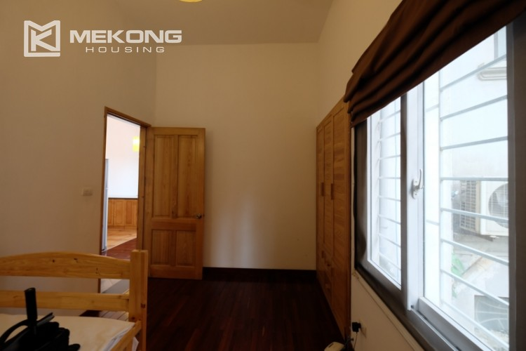 Lake bank serviced apartment for rent in Quang Khanh 12