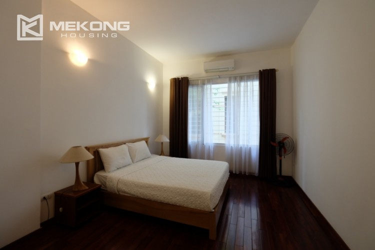 Lake bank serviced apartment for rent in Quang Khanh 13