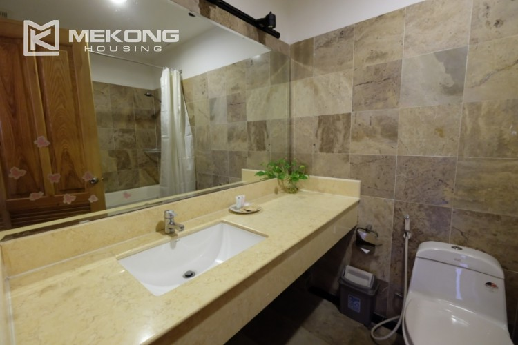 Lake bank serviced apartment for rent in Quang Khanh 15