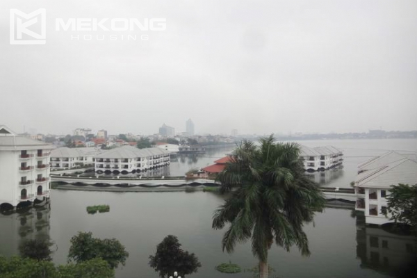 Lake view apartment with 1 bedroom for rent in Westlake area, Tay Ho district 3