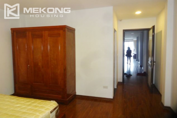 Lake view apartment with 1 bedroom for rent in Westlake area, Tay Ho district 7