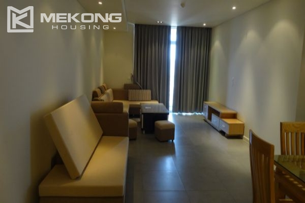 Lake view apartment with 2 bedrooms on high floor in Watermark Westlake, Lac Long Quan 1