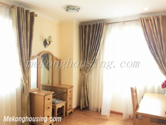 Lake view apartment with 3 bedrooms on high floor in CT13B tower, Vo Chi Cong street, Tay Ho district 9