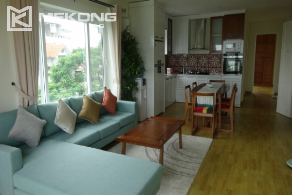 Lake view deluxe serviced apartment with 2 bedrooms in To Ngoc Van, Tay Ho 1