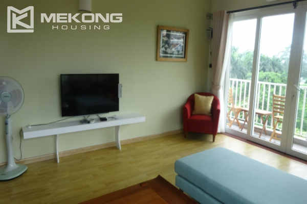 Lake view deluxe serviced apartment with 2 bedrooms in To Ngoc Van, Tay Ho 4