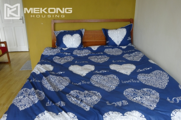 Lake view deluxe serviced apartment with 2 bedrooms in To Ngoc Van, Tay Ho 11