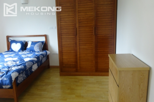 Lake view deluxe serviced apartment with 2 bedrooms in To Ngoc Van, Tay Ho 16