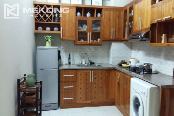 Lake view serviced apartment with 1 bedrooms for rent in Tay Ho 6