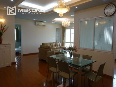 Lakeview apartment for rent in E5 tower, 4 bedrooms