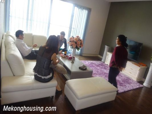 Lancaster 3 bedroom apartment for rent in Ba Dinh district, lake view 1