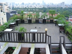 Large balcony apartment with 2 bedrooms in Hai Ba Trung