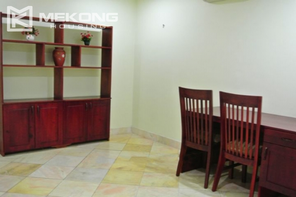 Large balcony apartment with 2 bedrooms in Hai Ba Trung 3