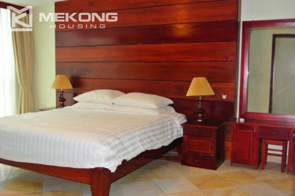 Large balcony apartment with 2 bedrooms in Hai Ba Trung 6