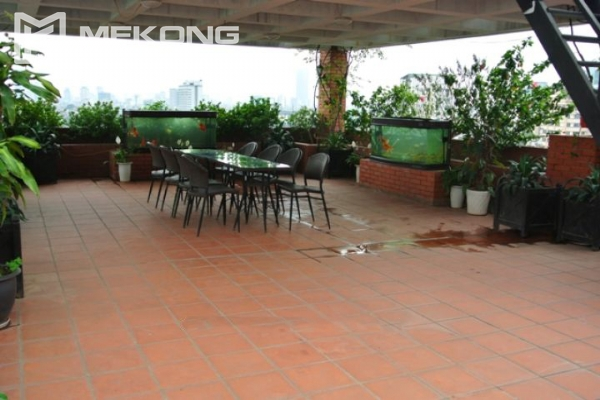 Large balcony apartment with 2 bedrooms in Hai Ba Trung 9