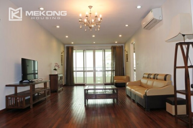 Lovely apartment for rent in P tower with 3 bedrooms, 145 sqm 17