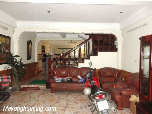 Lovely House, 07 Bedrooms For Rent in Hoang Cau street, Dong Da district 2