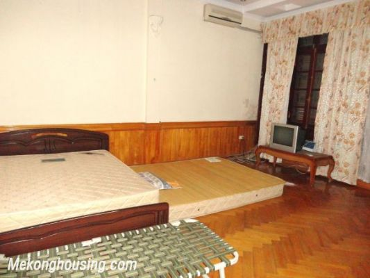 Lovely House, 07 Bedrooms For Rent in Hoang Cau street, Dong Da district 3