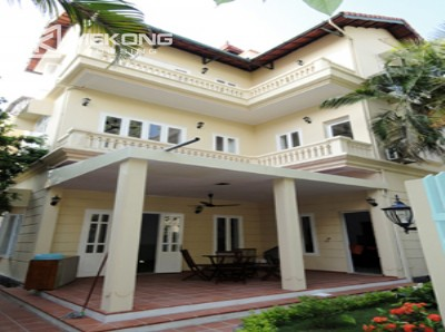 Lovely house for rent in Nghi Tam village