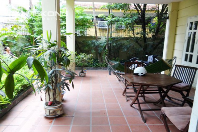 Lovely house for rent in Nghi Tam village 2